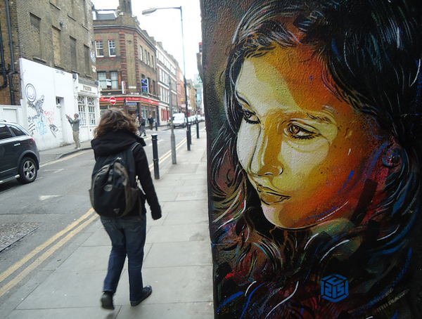 C215: In the UK: c215_uk_6_20120307_1371069508.png
