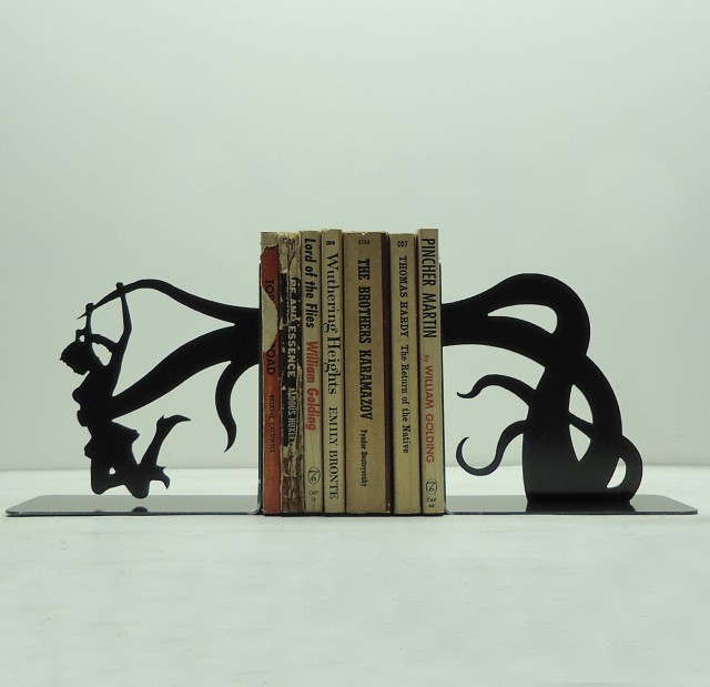 Dramatic Bookends by Knob Creek Metal Arts: bookends_knob_1_20120406_1075790569.jpg