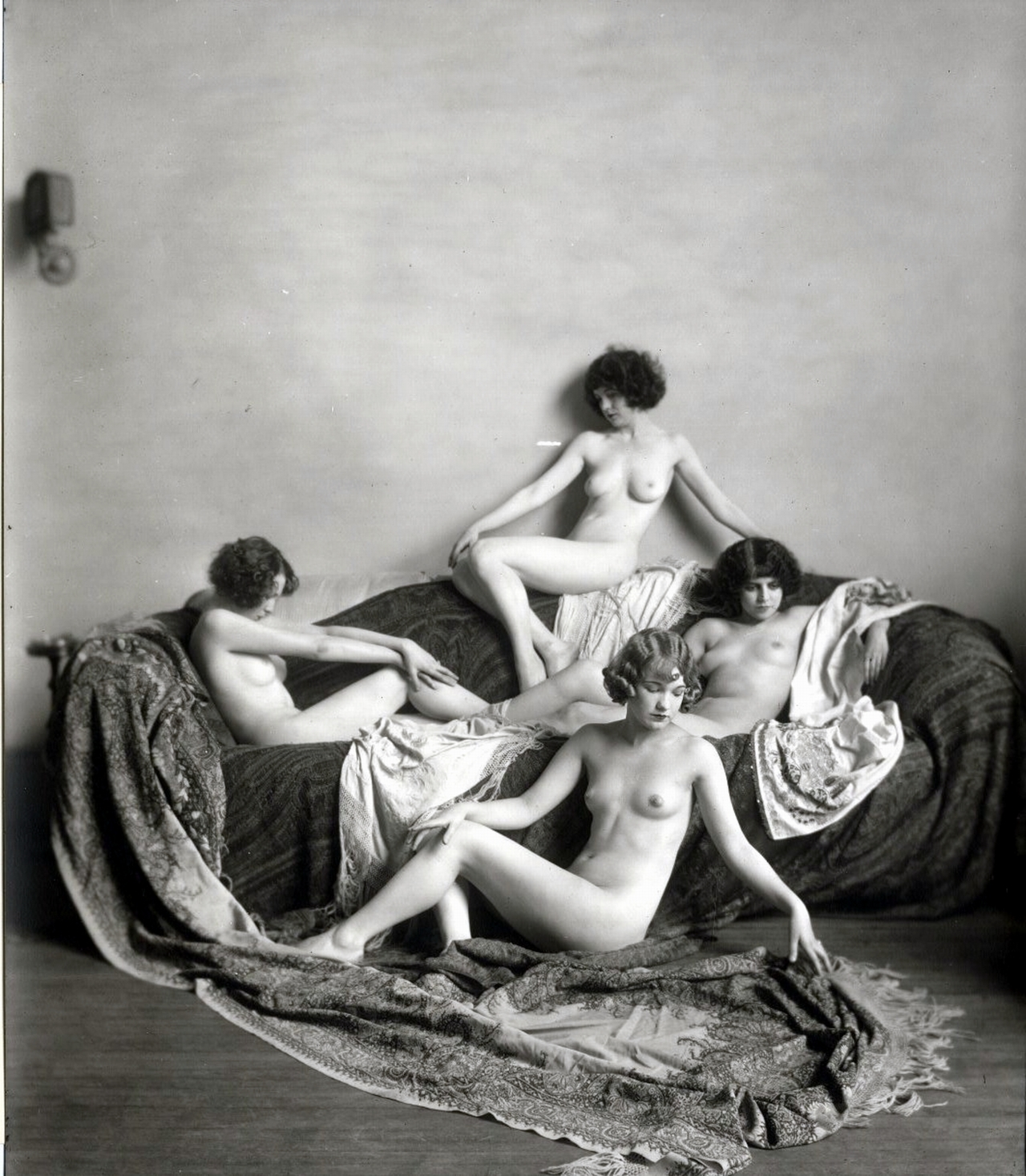 Ziegfeld Girls: _ziegfeld_girls__8_20120409_1608913968.jpeg