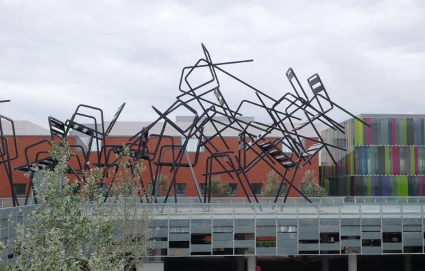 Sculptural Musical Chairs by Estudion Mariscal: estudion_marisca_10_20120503_1440102731.jpg