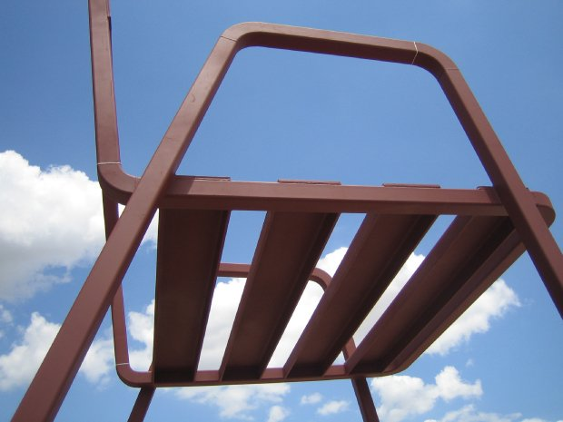 Sculptural Musical Chairs by Estudion Mariscal: estudion_marisca_18_20120503_1904602929.jpg