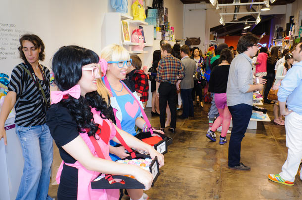 Recap: My Little Pony @ Toy Art Gallery, Los Angeles: my_little_pony_recap_105_20120517_1499974099.jpg