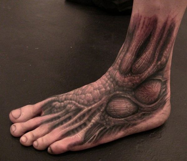 A Series of Anatomical Tattoos: anatomy_tattoos_10_20120628_1579531526.jpg