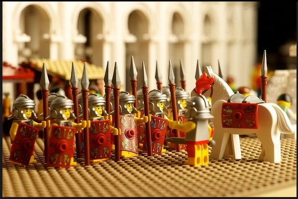 The World's First Lego Colosseum by Ryan McNaught: lego_colosseum_14_20120712_1147850951.jpg