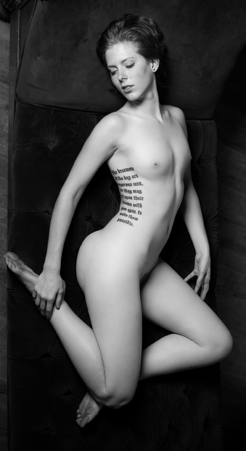 Erotic Black and White Photography by Risen Phoenix: risenphoenix_12_20120910_1246161122.jpeg