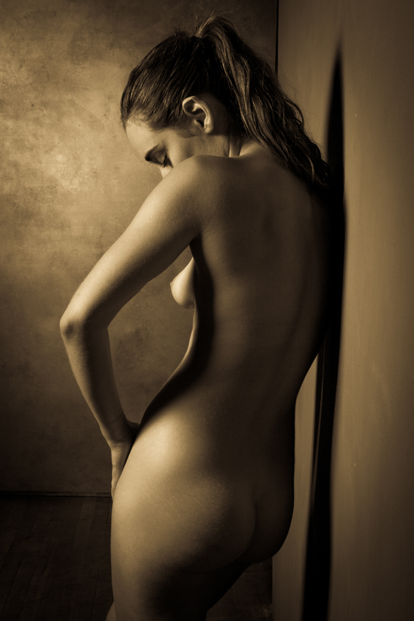 Erotic Black and White Photography by Risen Phoenix: risenphoenix_13_20120910_1560347144.jpeg