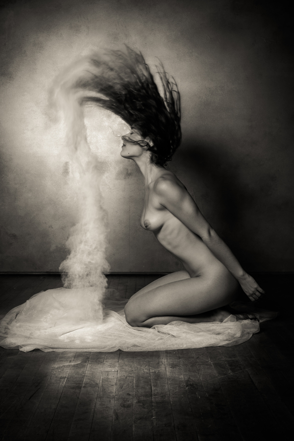 Erotic Black and White Photography by Risen Phoenix: risenphoenix_1_20120910_2064779474.jpeg