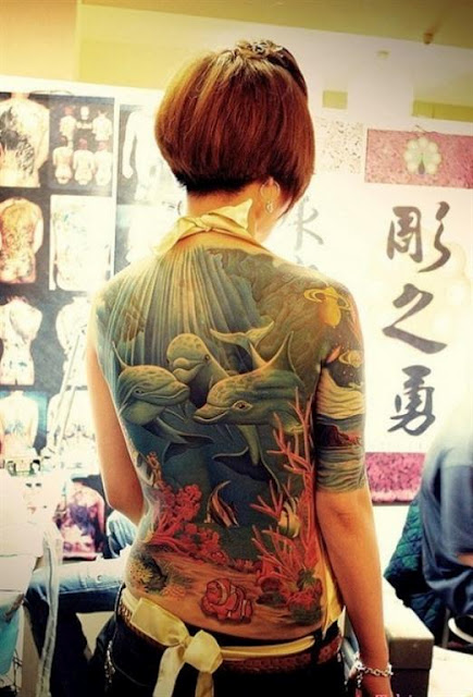 The Top 10 Reasons Why Dolphin Tattoos are Awesome: dolphintattoos_3_20120919_1158818351.jpeg