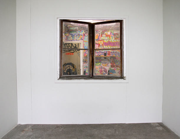 "Opening: Todd James ""Free To Be You & Me"" @ V1 Gallery, Copenhagen: reas_v1_opening_82_20121009_1365757282.jpg"