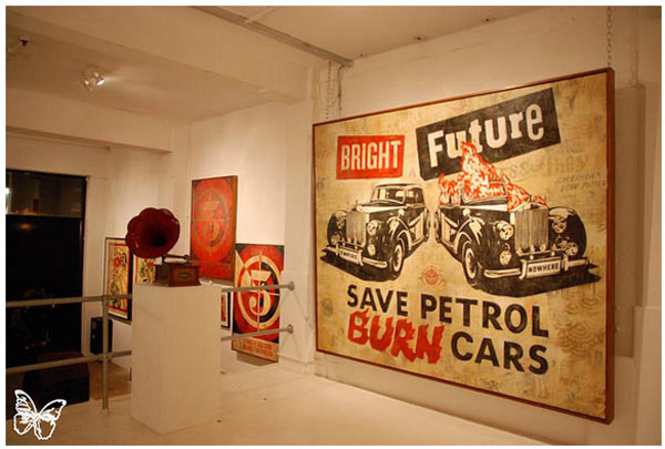 "Opening: Shepard Fairey ""Sound & Vision"" @ Stolenspace, London: shepard_fairey_29_20121021_1113613871.jpg"