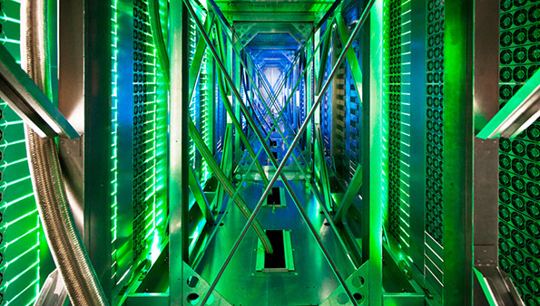 Inside Google's Data Centers by Connie Zhou: connie_zhou_12_20121023_1579737459.jpeg