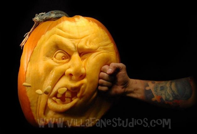 Incredible Pumpkin Carvings by Ray Villafane: ray_villafane_10_20121026_1895818086.jpeg