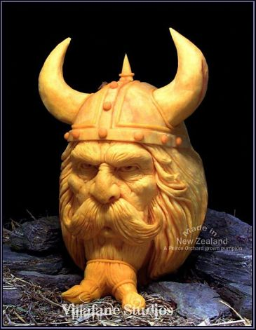 Incredible Pumpkin Carvings by Ray Villafane: ray_villafane_14_20121026_1454608823.jpeg