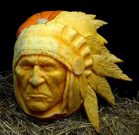 Incredible Pumpkin Carvings by Ray Villafane: ray_villafane_16_20121026_1435857072.jpeg