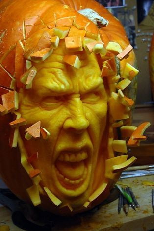 Incredible Pumpkin Carvings by Ray Villafane: ray_villafane_18_20121026_1735547140.jpeg