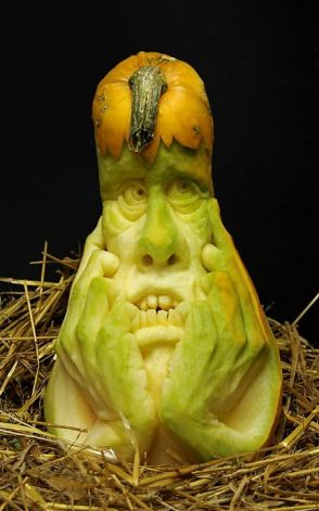 Incredible Pumpkin Carvings by Ray Villafane: ray_villafane_20_20121026_2092987449.jpeg