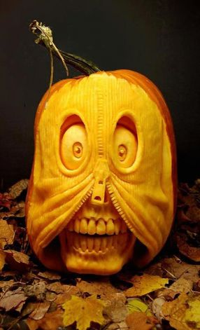 Incredible Pumpkin Carvings by Ray Villafane: ray_villafane_22_20121026_1098312972.jpeg