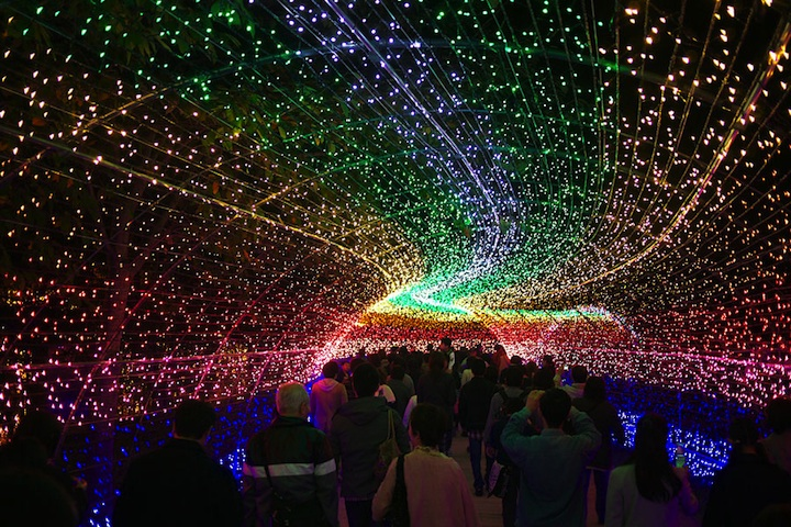Winter Illuminations: Light Festival in Japan: nabana_no_sato_29_20121104_1471467184.jpeg