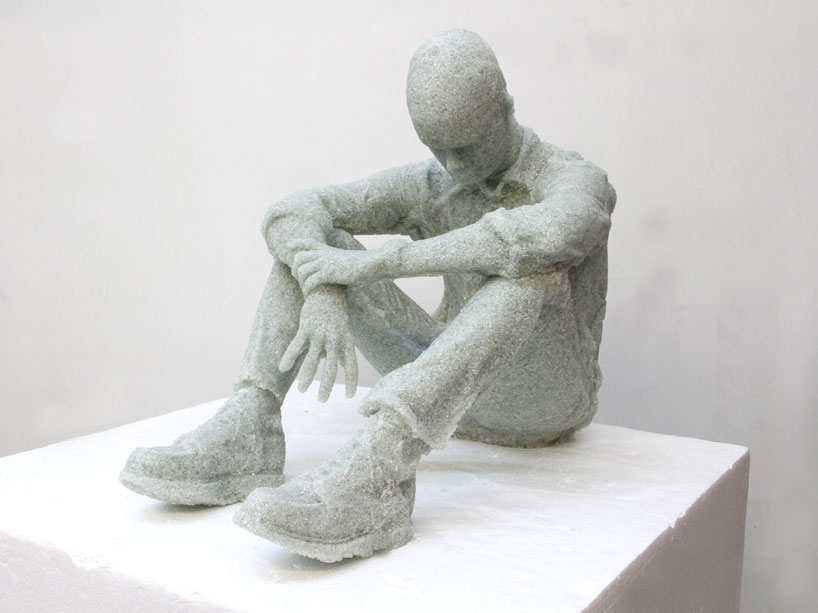 Shattered Glass Sculptures by Daniel Arsham : daniel_arsham_7_20121106_1953117730.jpeg