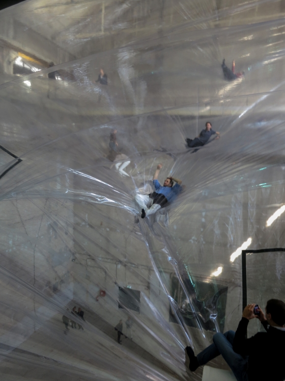 On Space Time Foam by Tomás Saraceno in Milan: on_space_time_14_20121112_1003915500.jpeg
