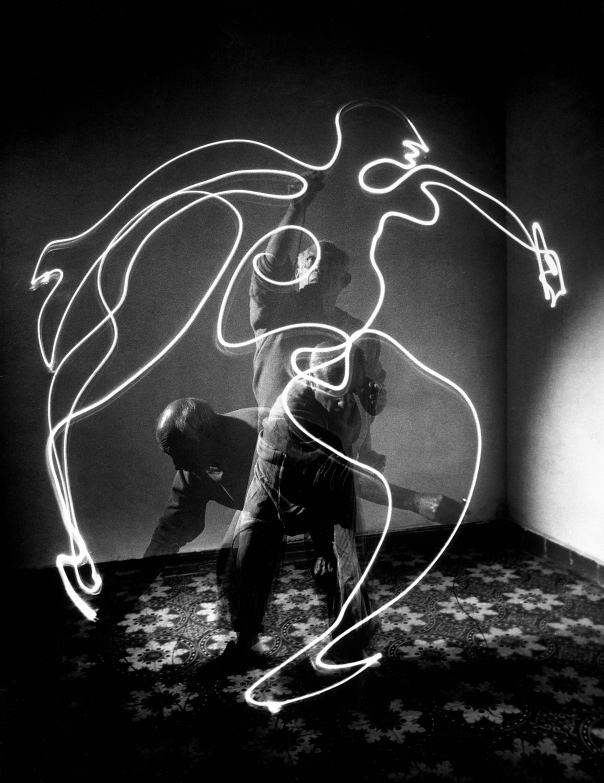 Picasso: Light Drawings: light_drawings_14_20121213_1365822938.jpeg