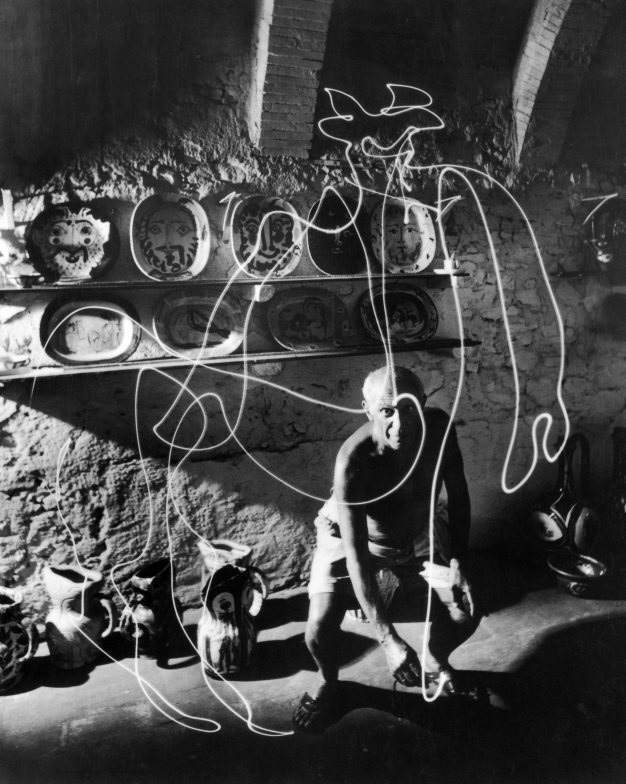 Picasso: Light Drawings: light_drawings_15_20121213_1392215857.jpeg