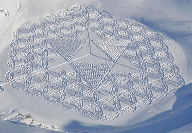 Geometric Snow by Simon Beck: snow_illustrations_13_20130112_1449178229.jpeg