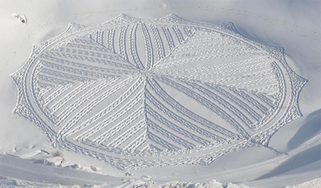 Geometric Snow by Simon Beck: snow_illustrations_4_20130112_1192407722.jpeg