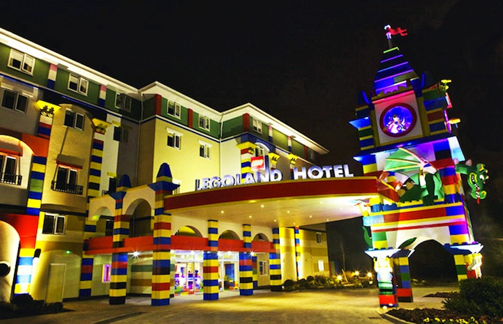 Yes, Yes, Yes!: The LEGO Hotel.: lego_hotel_1_20130124_1037741290.jpg
