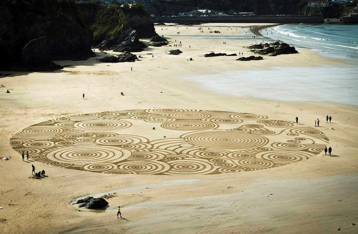 And Then It Washes Away: Sand Drawings by Tony Plant: tony_plant_20_20130129_1934009846.jpg