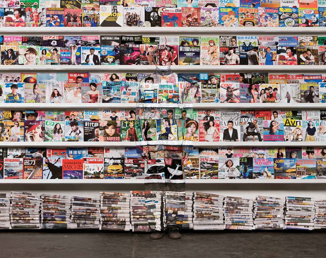 """Hiding in the City,"" New Photographs by Liu Bolin: liu_bolin_1_20130215_1759474920.jpg"