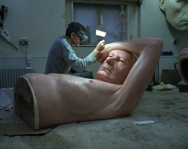 New Hyper-Realistic Sculptures by Ron Mueck: ron_mueck_5_20130225_1004478811.jpg