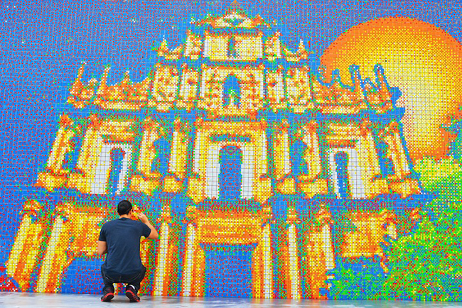 A Mural Made From 85,794 Rubik's Cubes: CubeWorksStudio1.jpeg