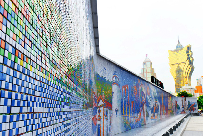 A Mural Made From 85,794 Rubik's Cubes: CubeWorksStudio2.jpeg