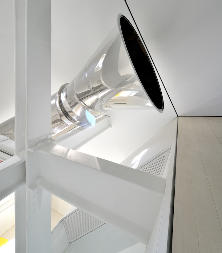 This Modern Home has a Multi-Story Indoor Slide: davidhotsonskyhouseslide3.jpg