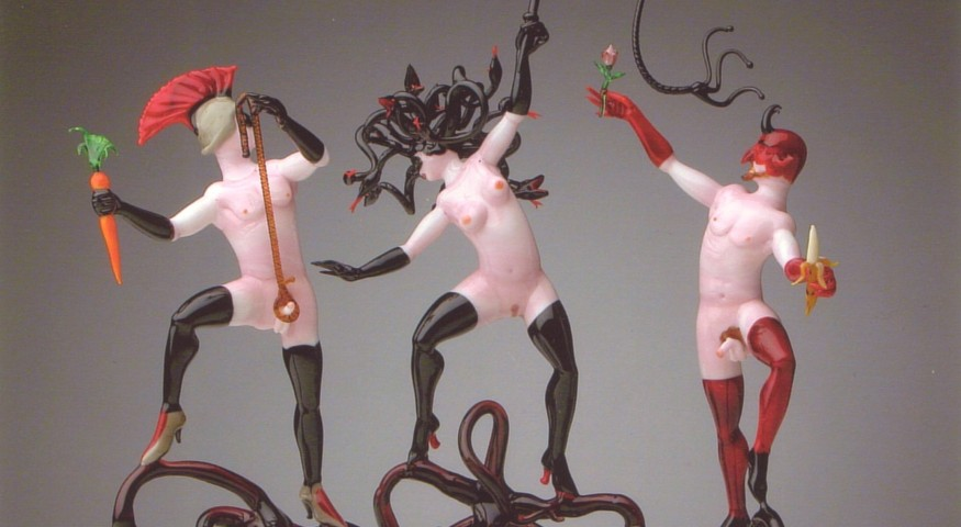 Lucio Bubacco's Erotic Glassworks: triangledevilmed.jpg