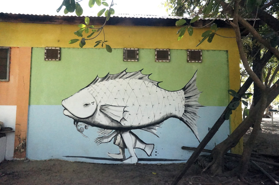Murals in Senegal and Gambia by RUN: goodone_sancule_w_1000.jpg