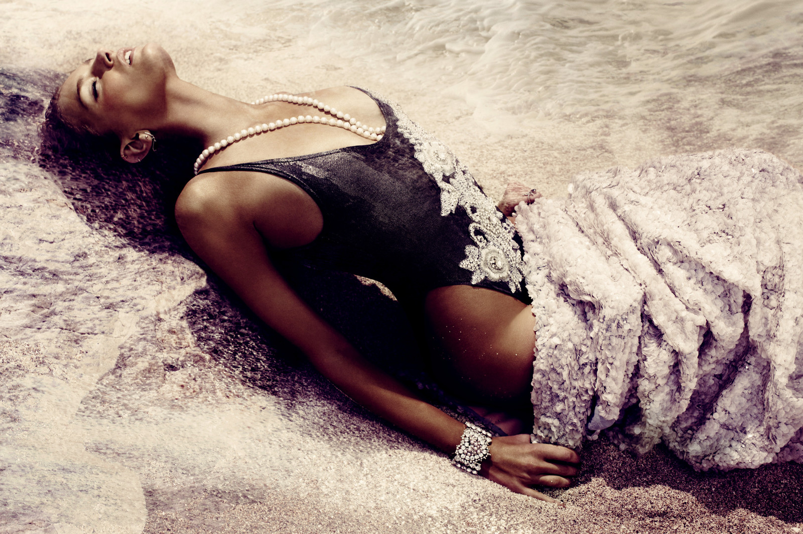 A Splash of Fantasy by Alexi Lubomirski: Vogue-Fashiontography-2.jpeg