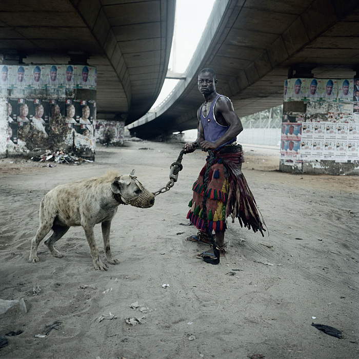 'The Hyena and Other Men,' and other Photographs by Pieter Hugo: piet_hugo-14.jpeg