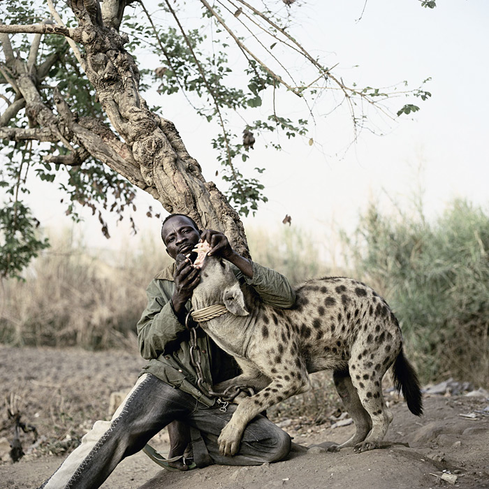'The Hyena and Other Men,' and other Photographs by Pieter Hugo: piet_hugo-7.jpeg