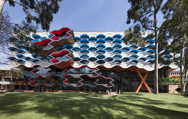La trobe institute for molecular science: jux_arch2.jpg