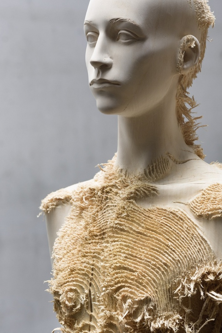Incredible Wood Carvings by Sculptors Aron Demetz and Shan Hur: Aron_Demetz02.jpeg