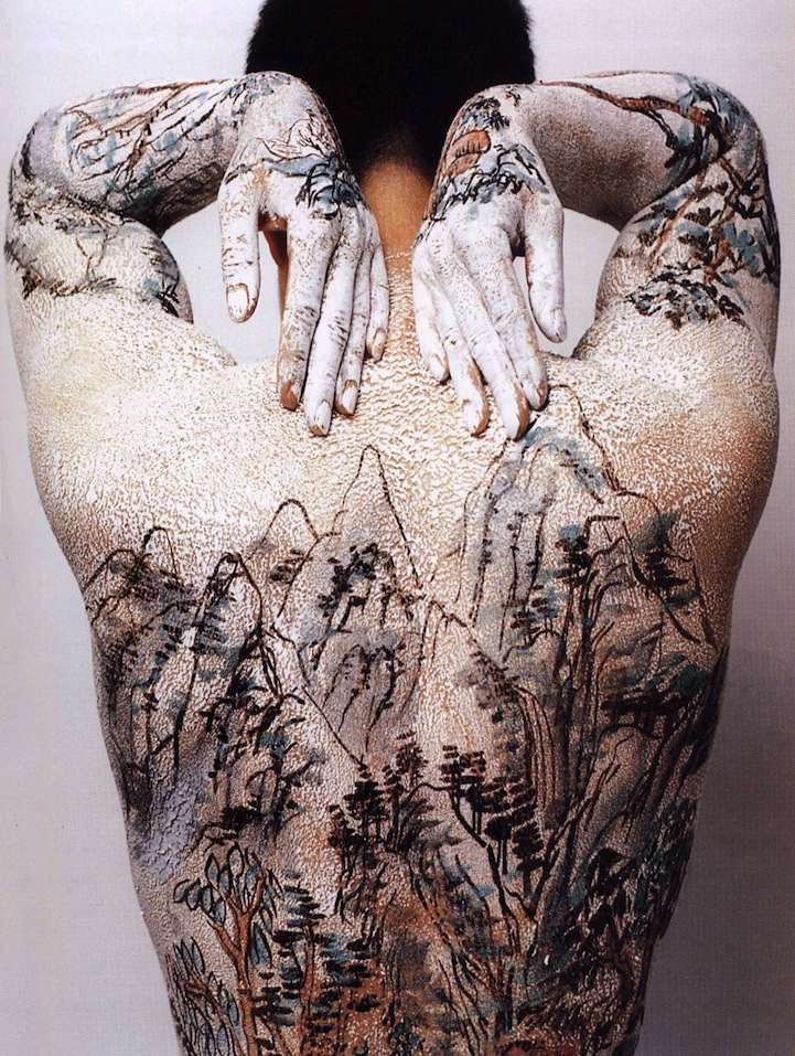 Huang Yan Paints Song Dynasty Landscapes on the Human Body: huangyanchineselandscapes1.jpg