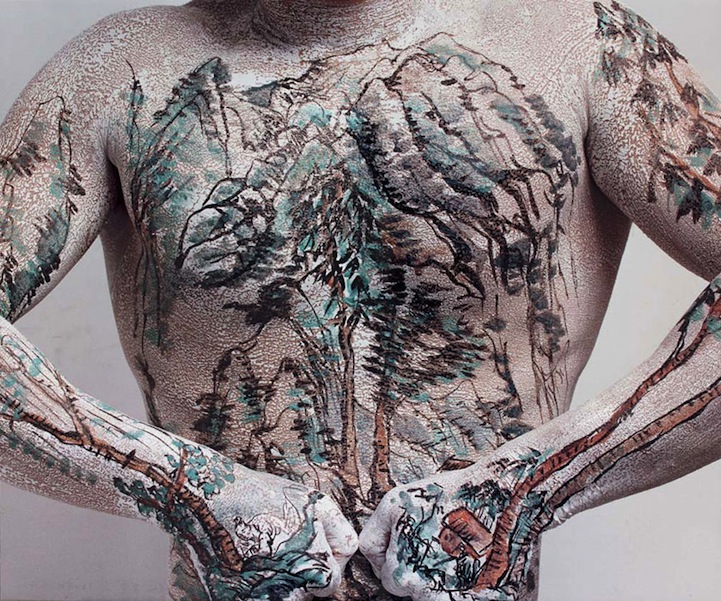 Huang Yan Paints Song Dynasty Landscapes on the Human Body: huangyanchineselandscapes2.jpg