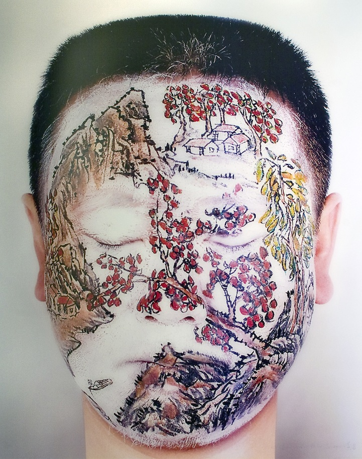 Huang Yan Paints Song Dynasty Landscapes on the Human Body: huangyanchineselandscapes6.jpg