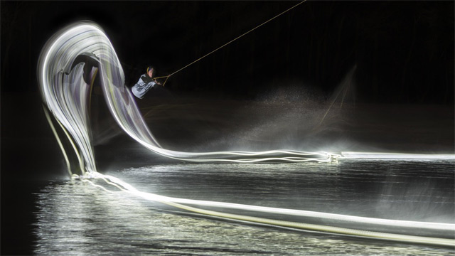 Light Painting with a Wakeboard: wake-3.jpg