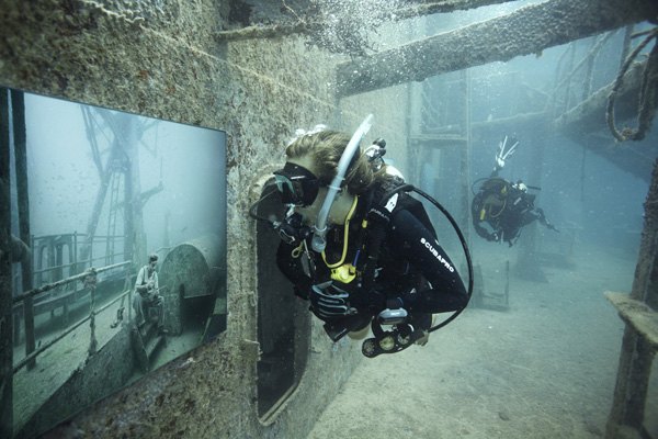 Andreas Franke's 'The Sinking World' @ An Underwater Gallery: 24.27 N, 81.44 W: mof_01.jpg
