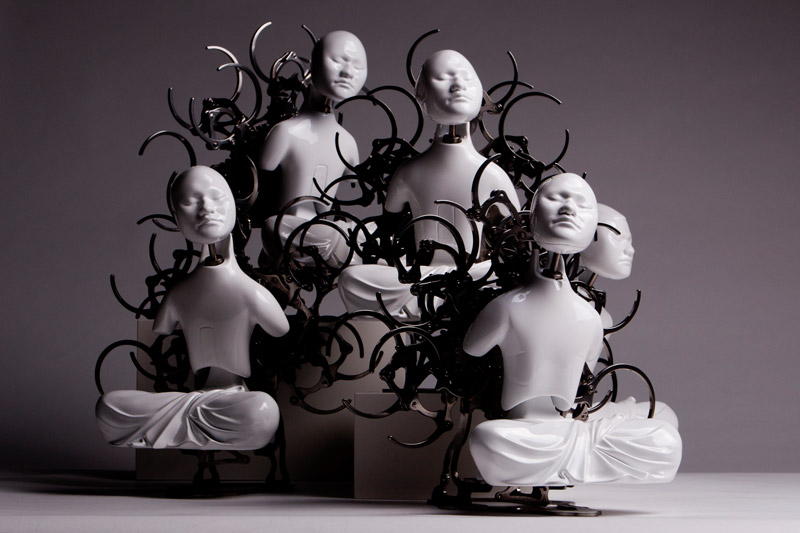 Mechanical Buddhist Sculptures by Zang Zi Won: Wang-Zi-Won_web1.jpg