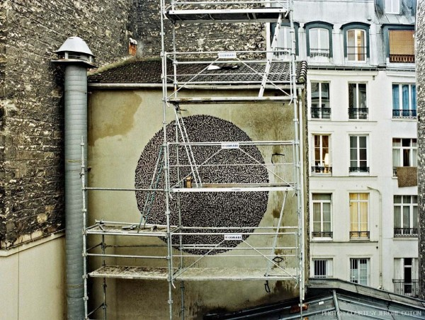 Street Artists Given Run of Condemned Les Bains Nightclub: Parole_Bains-douches-exterieur-credit-Jerome-Coton-courtesy-galerie-Magda-Danysz-4-600x452.jpg