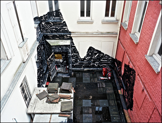 Street Artists Given Run of Condemned Les Bains Nightclub: lek_courtesy_galerie_magda_danysz__les_bains_credit_photo_je769ro770me_coton_2_0.jpg